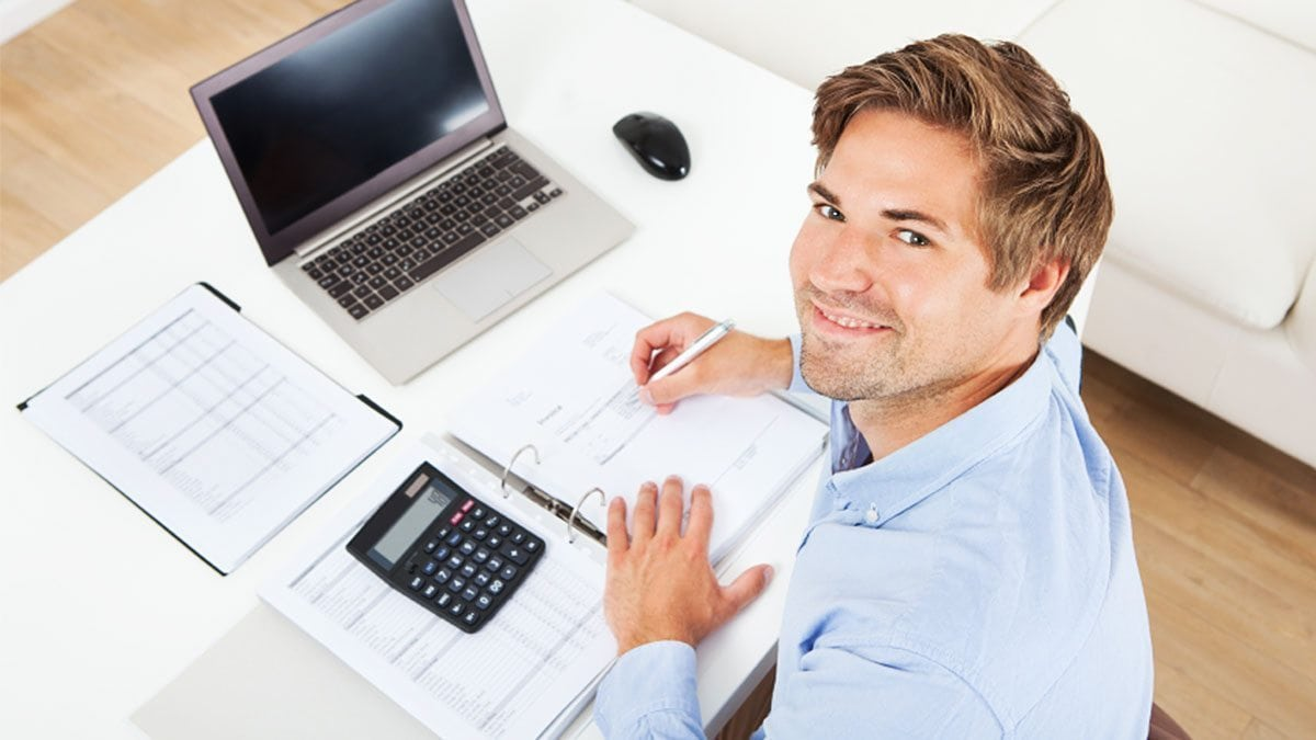 Starting a home-based business is a viable career option with accounting training.