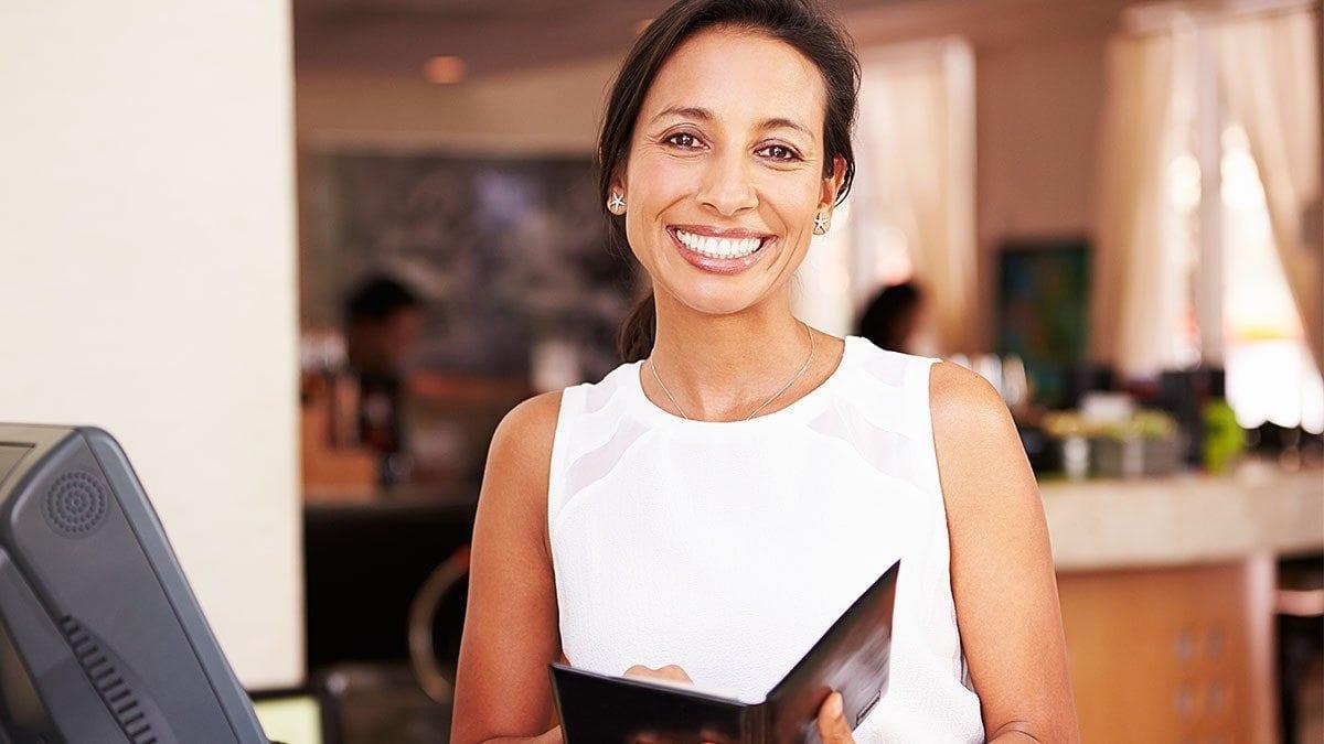 How Hospitality Professionals Make Positive Emotional Engagement