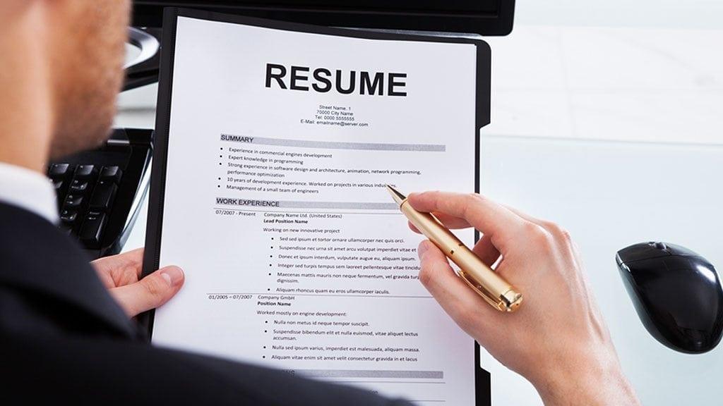 Top Resumes Tips for Insurance Advisors