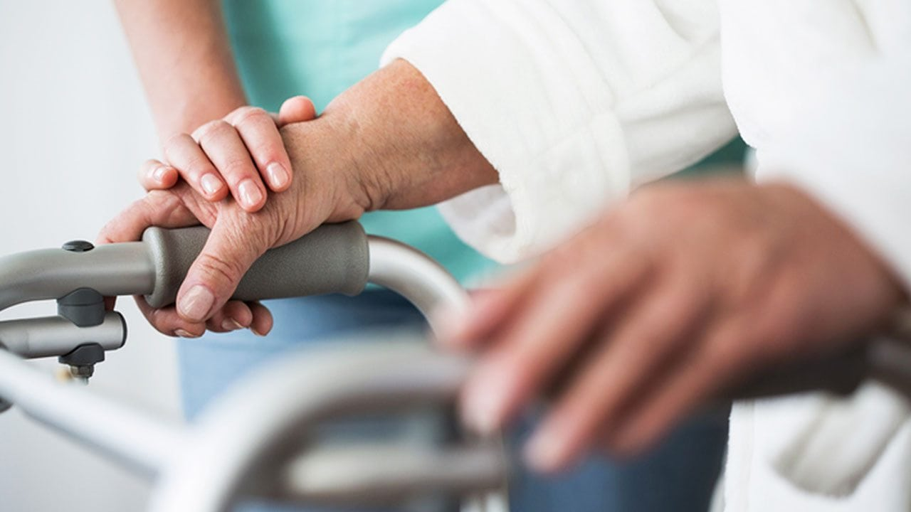 Complex carers can reinforce the confidence and autonomy of clients with chronic illnesses