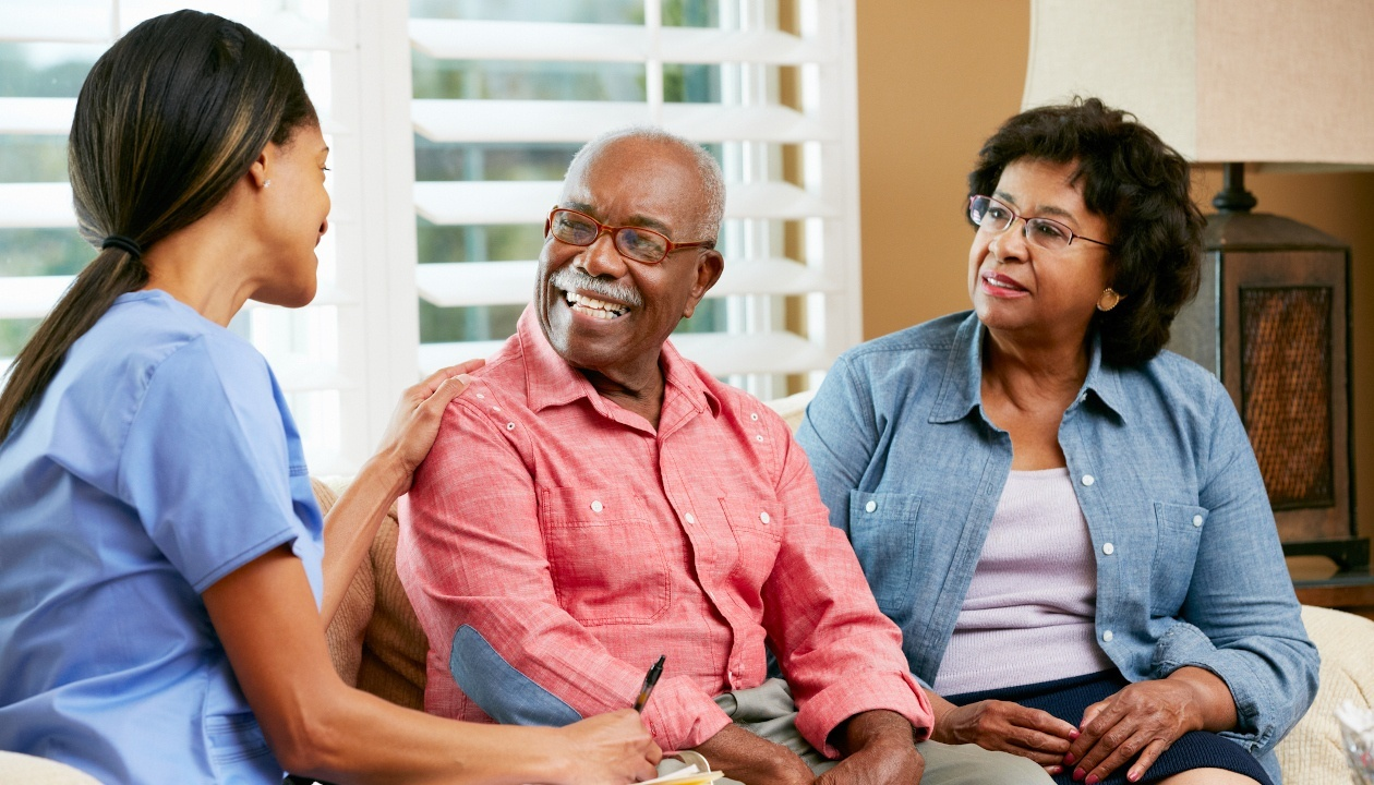 Reasons You Might Love Home Care in Your Health Care Aide Career