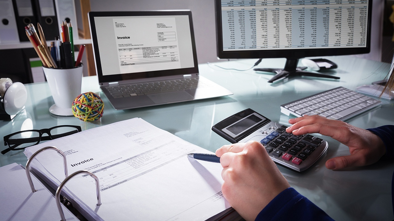 Differences Between Sage & QuickBooks Accounting Software