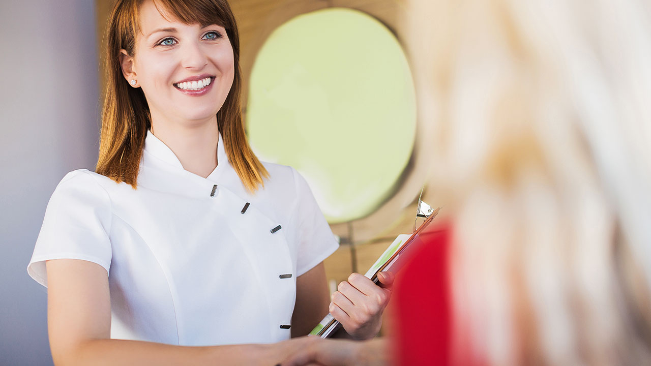 Top Customer Service Tips for the Dental Administrative Assistant