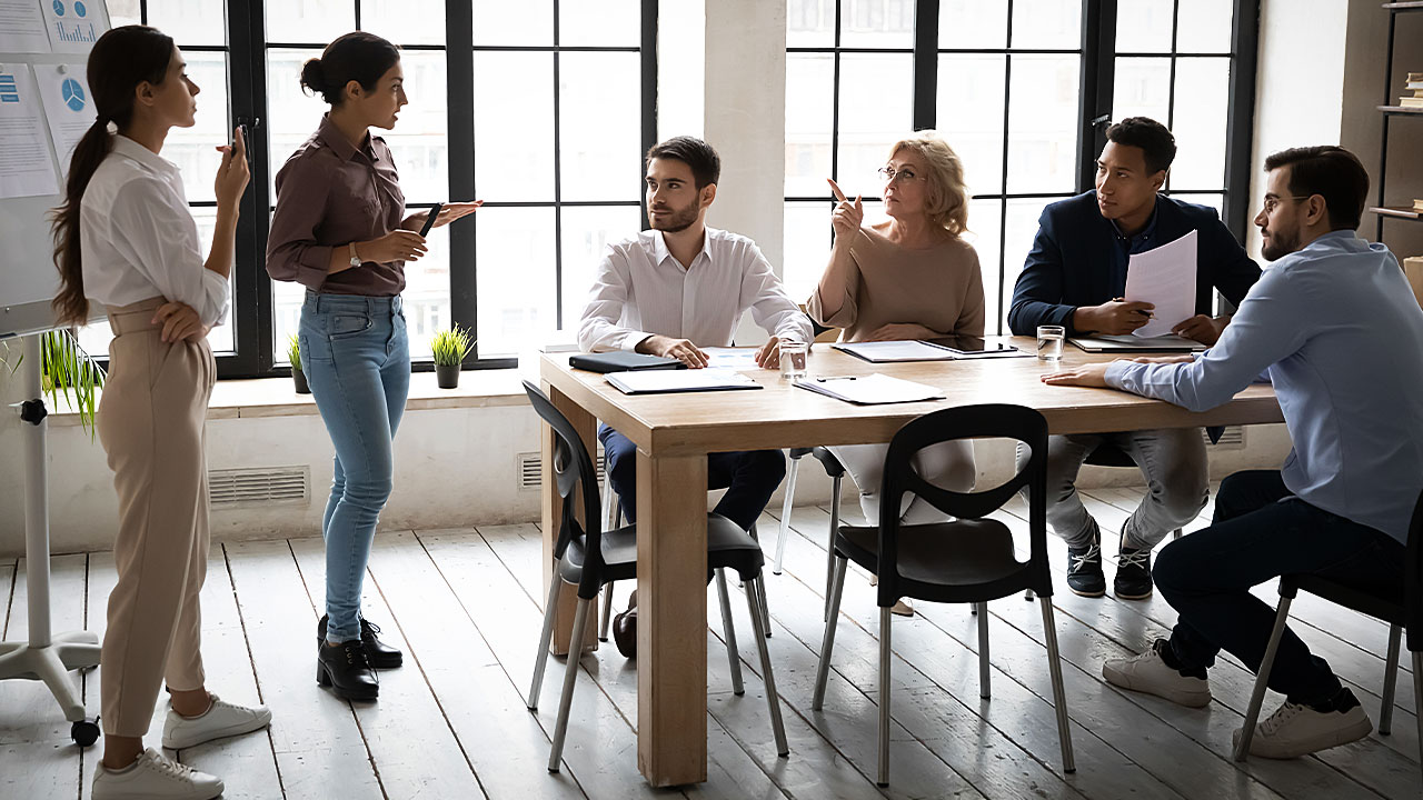 How to Build Leadership Skills for Business Management Students