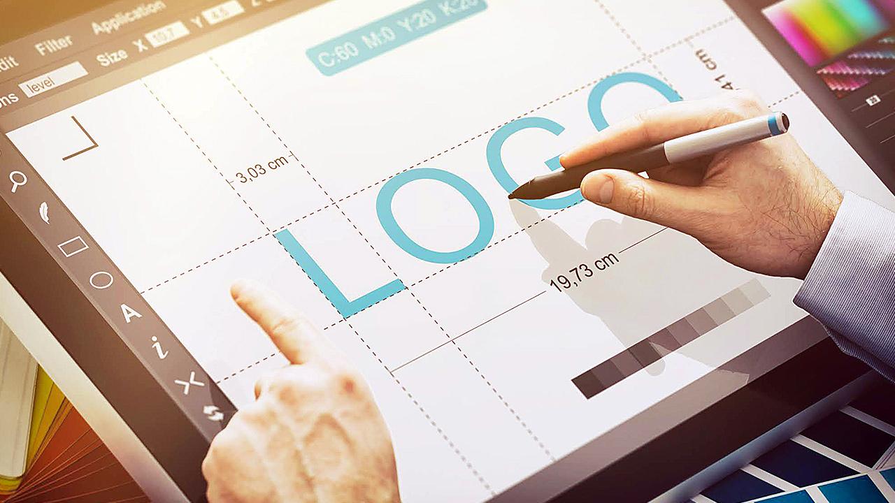 Take advantage of the pen tool when using Adobe Illustrator