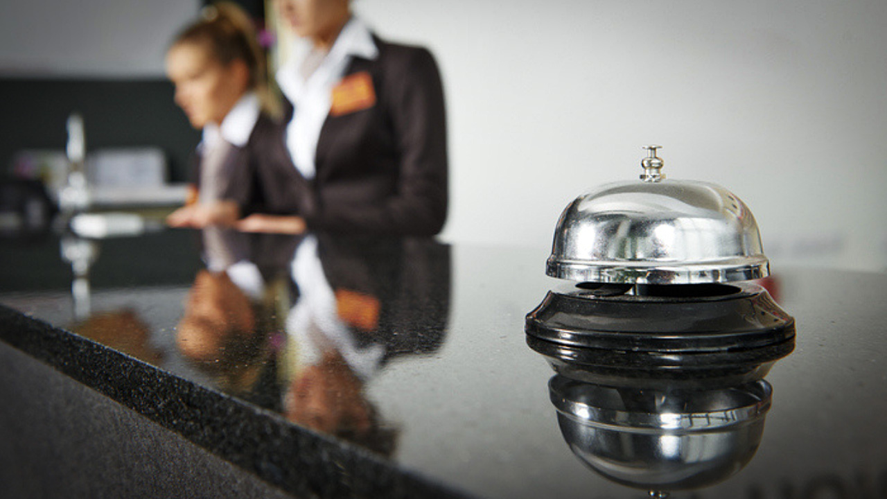 Hospitality Training Tips for Staying Competitive